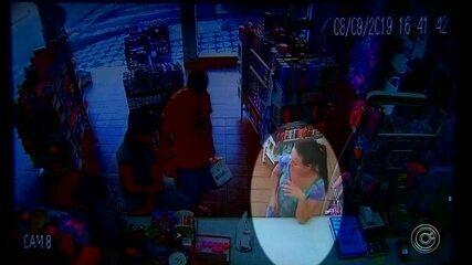 Vídeo mostra jovem em farmácia antes de desaparecer em Alumínio