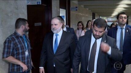 Indicado para comandar a PGR, Aras visita Senado em busca de apoio