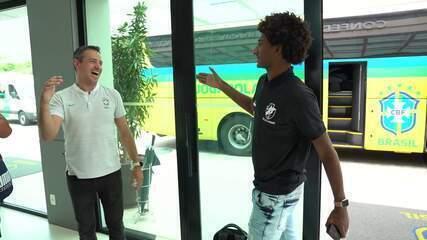 Seleção brasileira sub-17 se apresenta na Granja Comary e inicia preparação para Mundial