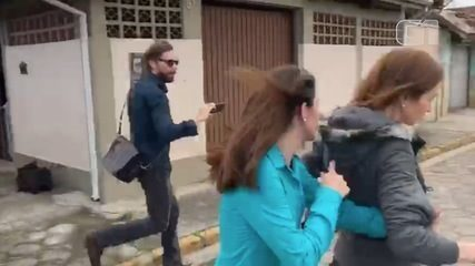 Suzane von Richthofen e Ana Carolina Jatobá deixam presídio em Tremembé
