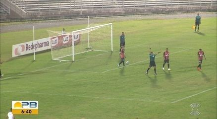 Árbitro erra ao anular gol de pênalti do São Paulo Crystal e marcar tiro livre indireto