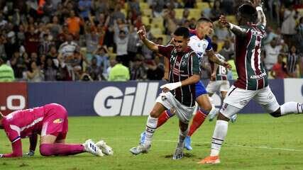 Gol do Fluminense! Daniel aproveita rebote e amplia, aos 44' do 1º Tempo