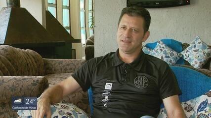 Conheça a história e a carreira do treinador Rogério Henrique, do Pouso Alegre FC