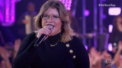 Marília Mendonça canta 'Supera'
