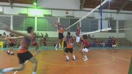 AABB vence a 2ª e é finalista da Copa Rio Branco de Vôlei; Teles bate atual tricampeão