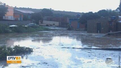 Chuva de granizo atinge São Bento Abade neste sábado