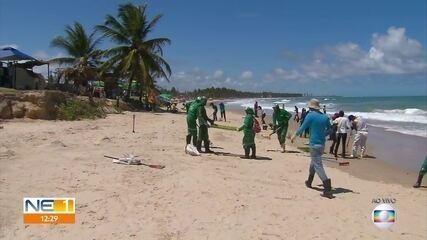 Rastros de óleo são achados em praias do Cabo de Santo Agostinho