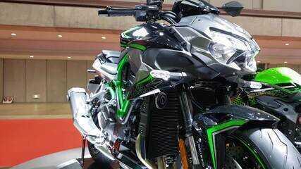 Kawasaki Z H2 tem 200 cavalos de potência