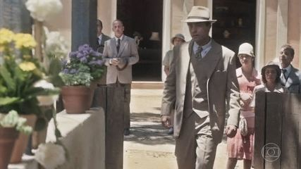 Almeida chega para o casamento, e Clotilde se entristece