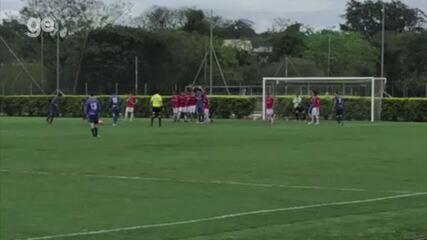 Confira os gols e a assistência de Davis pelo São José