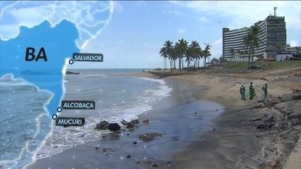 Fragmentos de óleo chegam à divisa de Bahia e Espírito Santo