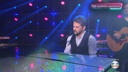 Marcelo Serrado canta 'Just The Way You Are'