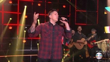 Jakson Follmann canta 'Flor e o Beija Flor'