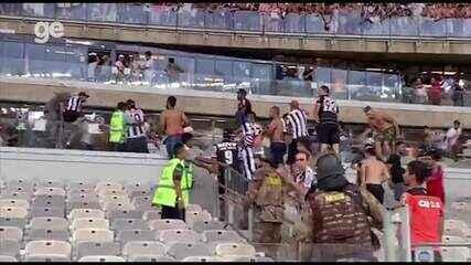 Torcida do Atlético-MG invade camarote no Mineirão e fim de jogo tem confusão