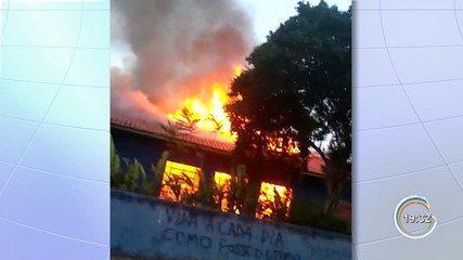 Polícia de Atibaia conclui que incêndio em escola em outubro foi criminoso