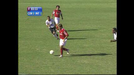 Relembre gol de Rafael Sobis em Corinthians 1 x 1 Inter - 20/11/2005