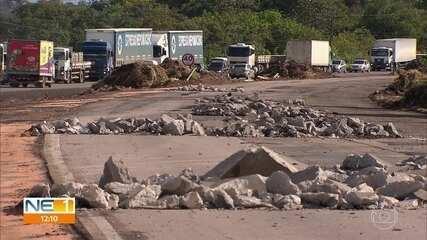 PF investiga suspeita de desvio de dinheiro das obras da BR-101, no Grande Recife