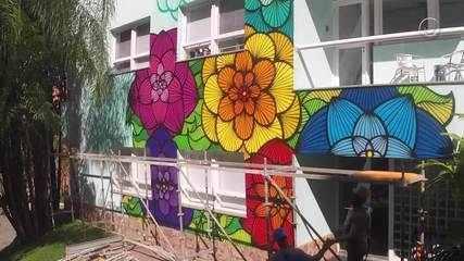 A artista visual Rafa Mon mostra transforma o modulo verde dos Estúdios Globo