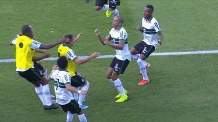 O gol de Coritiba 1x0 Oeste pela 36ª rodada do Campeonato Brasileiro Série B