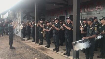 Em formatura no aniversário da PM de RR, banda da corporação toca hino em homenagem ao Fla