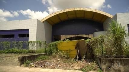 Unidades de saúde fechadas frustram moradores de cidades pernambucanas
