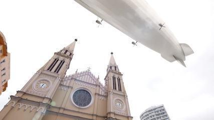 O dia em que o maior dirigível do mundo cruzou o céu do Paraná