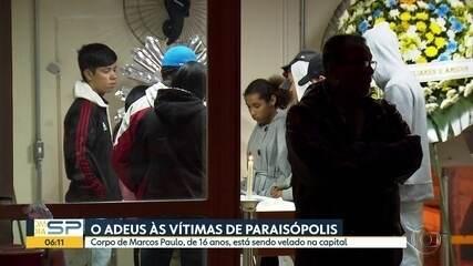 Corpos de vítimas de ação policial em Paraisópolis são velados nesta terça
