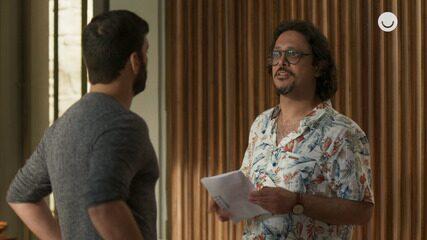 Teaser 'Bom Sucesso' 05/12: Mario mostra exame que comprova que Diogo é estéril