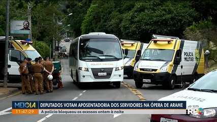 Deputados estaduais devem votar aposentadoria de servidores na Ópera de Arame