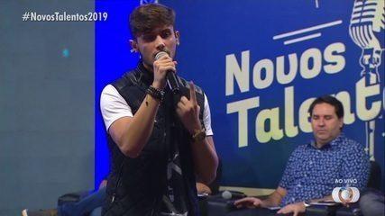Fellipe Morais canta 'Quando a Bad Bater' na final do concurso Novos Talentos 2019