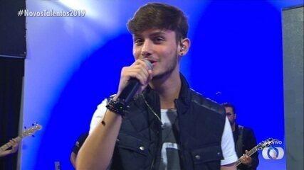 Fellipe Morais canta 'Notificação Preferida' na final do concurso Novos Talentos 2019