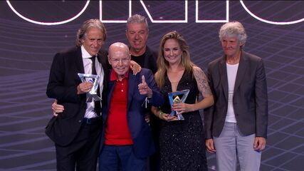 Zagallo entrega prêmio de melhor treinador do Brasileirão para Jorge Jesus