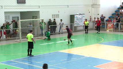 JES e Campo Largo decidem título estadual de futsal em final no ginásio Verdão