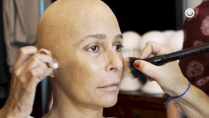 Veja a caracterização de Andréa Beltrão para interpretar Hebe
