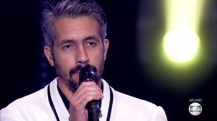 """Danilo Vieira canta """"Folhetim"""""""