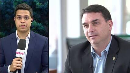 Ação mira Fabrício Queiroz e ex-mulher de Bolsonaro