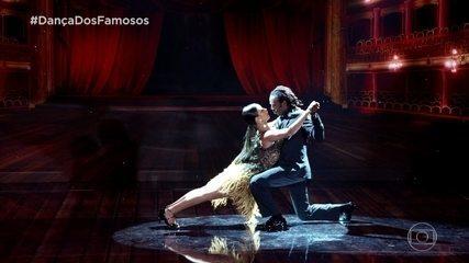 Jonathan Azevedo e Tati Scarlleti dançam tango na final da 'Dança dos Famosos'