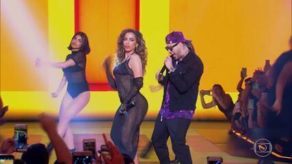 Top 3: Anitta e Mc Kevinho cantam música 'Terremoto'