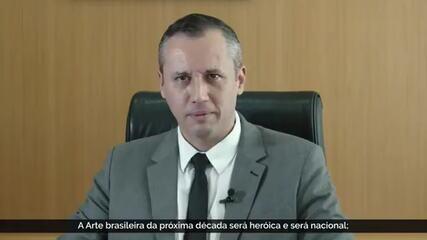 Presidente Jair Bolsonaro demite Roberto Alvim da Secretaria de Cultura
