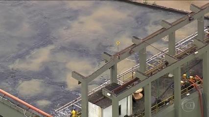 Cedae começa a usar carvão ativado para tratar água do RJ