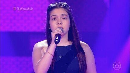 Ana Clara Martins canta 'Million Reasons' nas Audições às Cegas