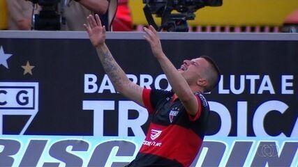 Gol do Atlético-GO! Renato Kayzer amplia contra o Goiânia!