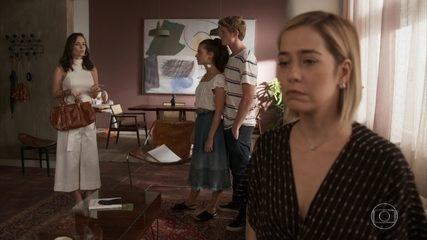 Lígia confronta Lara na frente de Rita e Filipe