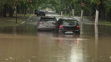 Em estado de alerta por chuvas, São Paulo monta esquema de trânsito