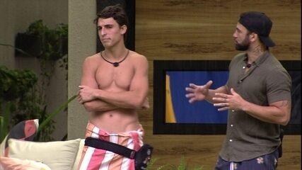 Hadson conta para Felipe o que gostaria de ter feito diferente no BBB20