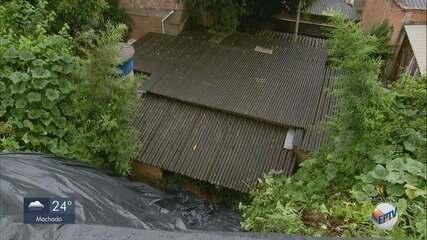 Mulher morre soterrada ao tentar salvar tanque de lavar roupas em Caxambu (MG)
