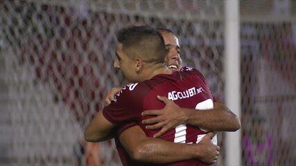 Gol do Náutico! Jean Carlos abre o placar, aos 42' do 1º tempo, contra o Botafogo, pela Copa do Brasil