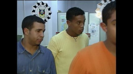 Lembre outros casos polêmicos em que Ronaldinho Gaúcho esteve envolvido