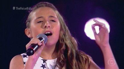 "Ana Luiza Salgueiro, Mabê Neves e Sophia Marie cantam ""Girls Just Want To Have Fun"""