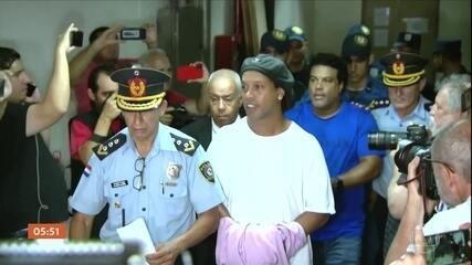 Justiça do Paraguai decide se vai conceder ou não prisão domiciliar para Ronaldinho Gaúcho